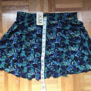 NWT: Forever 21 short skirt - S